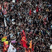 I tormenti di Erdogan stretto tra la Siria e un Paese sull'orlo del caos