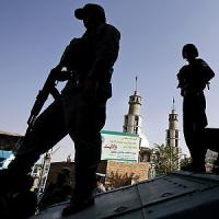Afghanistan, kamikaze a Kabul contro truppe straniere