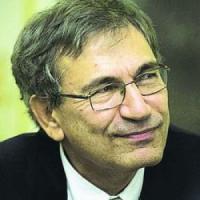 """Pamuk: """"Noi ostaggi della paura, ora temo una nuova guerra civile"""""""