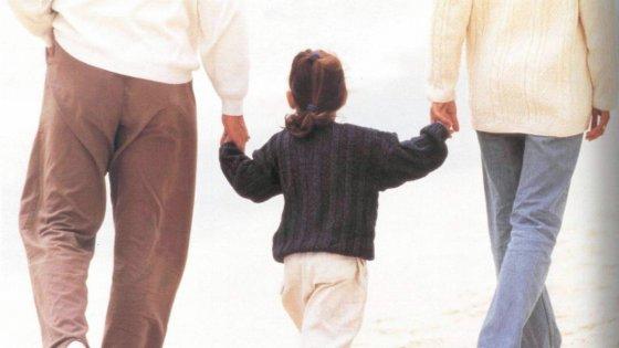 """La rivoluzione delle adozioni: """"I bimbi in affido restino in famiglia"""""""