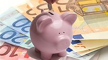 Eurozona, le imprese investono, le famiglie risparmiano -    Grafici