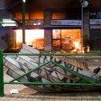Milano, esplosione devasta un bar: le serrande volano  su fermata del tram -  le foto