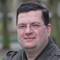 """Olanda, Ed Houben il """"babymaker"""": a 45 anni è padre biologico di 106 figli"""