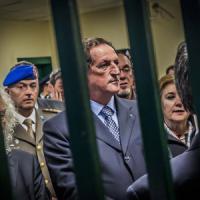 Tangenti Sanità, arrestato il vice di Maroni. Favori, pressioni e paure: