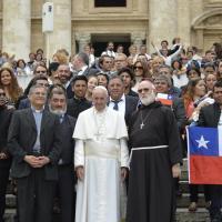 Dal Cile al Vaticano: abbraccio del Papa ai 33 minatori salvati nel 2010