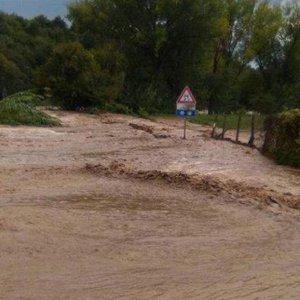 Maltempo, tre vittime nel centro Italia. Esondato Aniene nei pressi di Roma