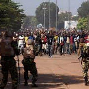 """Burkina Faso, """"Nessuna amnistia per i soldati responsabili delle uccisioni dei civili"""""""