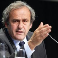 Scandalo Fifa, la Uefa non scarica Platini: