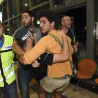 Israele, eritreo scambiato per terrorista nell'attacco a Beersheva: linciato e ucciso