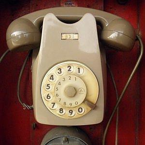 Il telefono fisso corre verso l'estinzione