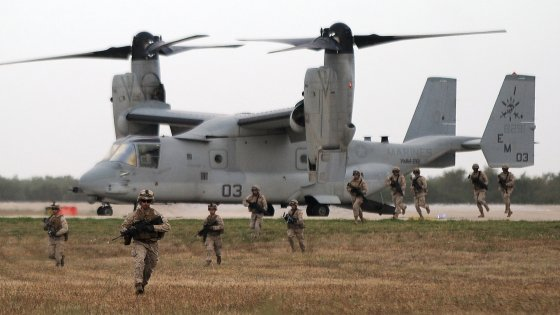 Iraq, Pentagono: 69 ostaggi liberati da prigione dell'Is. Caduto un soldato Usa, il primo nella guerra al Califfato
