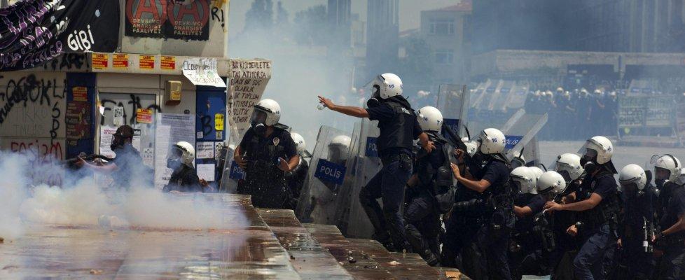 Turchia, condannati 244 manifestanti di Gezi Park