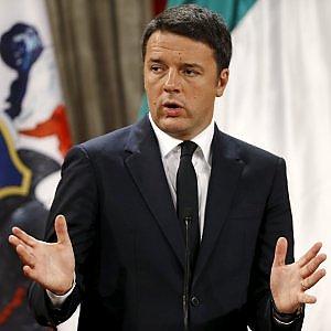 """Tangenti e appalti truccati Anas, Renzi cita Neruda: """"Non fermeranno la primavera"""""""