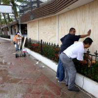 L'uragano Patricia si abbatte sul Messico.