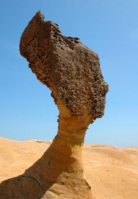 Elefanti, mele e regine: le 40 rocce più strane al mondo