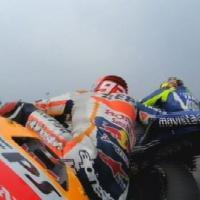 MotoGp Malesia, Rossi-Marquez: duello col giallo, la fotosequenza