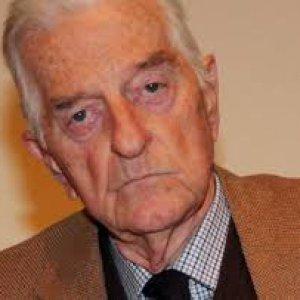 Piazza Fontana, morto l'ex magistrato Giancarlo Stiz. Fu il primo a seguire la pista nera