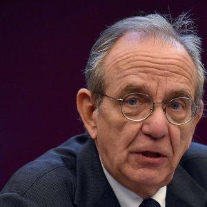 Fisco, scontro nel governo sull'Agenzia delle entrate. Il Mef difende la direttrice Orlandi