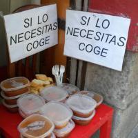Spagna, ristorante offre il cibo avanzato: