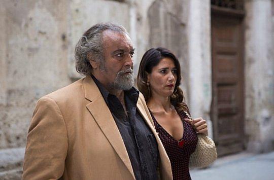 """""""Belli di papà"""", la commedia italiana che non delude"""