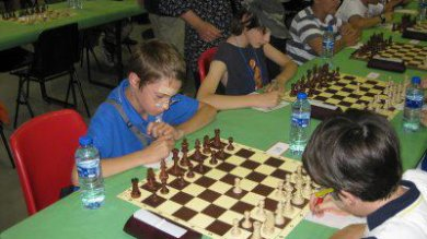 "A lezione di scacchi. ""Aiuta in matematica"""