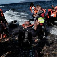 Grecia, nuova strage di migranti. Le immagini del naufragio a Lesbo