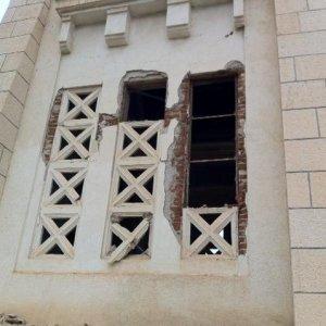 """Libia, Tobruk attacca Italia: """"Navi da guerra vicino Bengasi"""". Devastato cimitero italiano"""