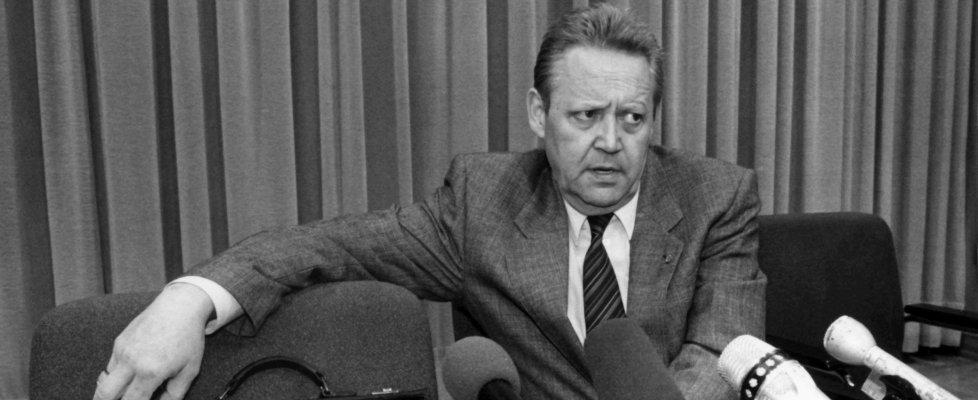 Morto Guenter Schabowski, l'uomo che con le sue parole abbatté il muro di Berlino
