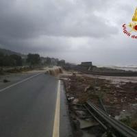 Maltempo in Calabria, danni alla statale Jonica e alla ferrovia