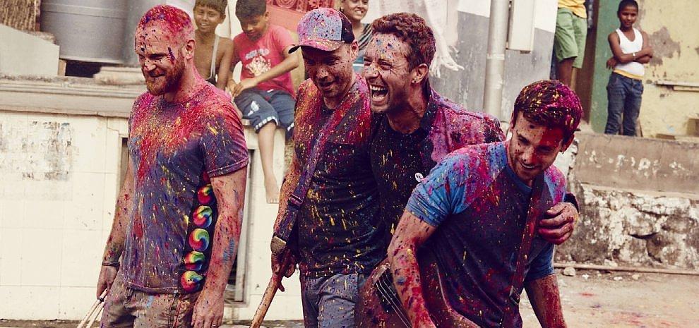 """Coldplay, il nuovo album: """"Siamo tornati a sognare la musica in technicolor"""""""