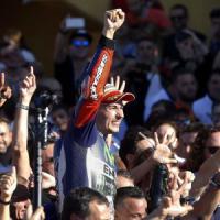 MotoGp, Valencia: Lorenzo vince ed è campione del mondo. Rossi quarto, rimonta show