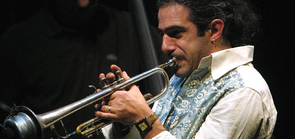 Fresu e Benni sotto il Big Ben, a Londra il jazz incontra i Cari Mostri
