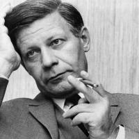 Morto l'ex cancelliere Helmut Schmidt: guidò la Germania Ovest tra i 70 e gli 80