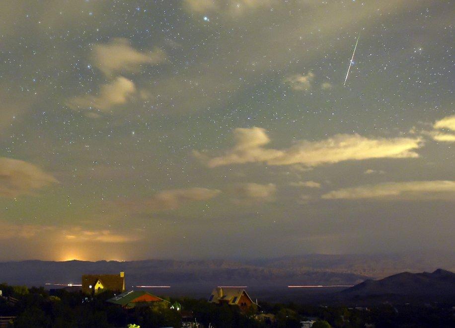 Stelle cadenti d'inverno: occhi al cielo per le Tauridi e le Leonidi