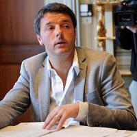 """Scuola, lettera di Renzi ai prof neoassunti: """"Basta con l'odioso precariato tra i docenti"""""""