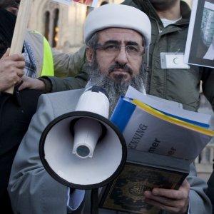 Terrorismo, 17 arresti: Merano crocevia aspiranti jihadisti