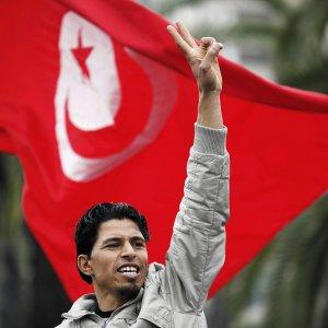 """La Tunisia in allarme: """"Turisti, per favore, tornate a trovarci"""""""