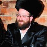 Milano, un ebreo ortodosso  accoltellato al volto in strada   foto