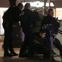 Strage di Parigi, due terroristi in fuga. Dovevano attaccare anche Montmartre