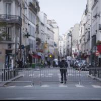 Parigi, Valls: