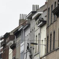 Bruxelles, blitz nel quartiere Molenbeek: caccia a Salah Abdeslam