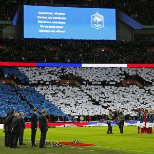 "Inghilterra-Francia: Wembley ""francese"" e in novantamila cantano la Marsigliese"