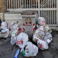 Tari, a Salerno i costi maggiori: 462 euro a famiglia, la media nazionale a 296