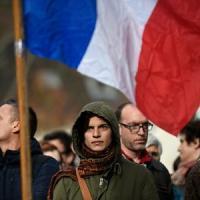 Da Parigi a Beirut, solidarietà a tutte le vittime dell'Is. Oltre mezzo milione le firme raccolte