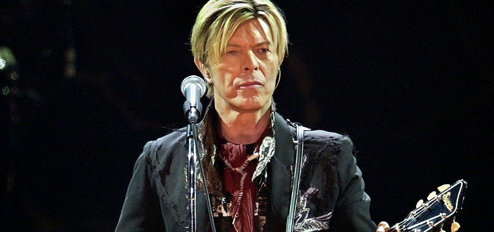 "David Bowie e ""Blackstar"", quei dieci minuti così dark"