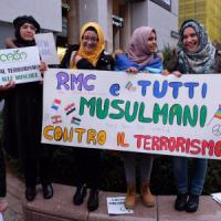 'Not in my name', musulmani in piazza gridano forte: