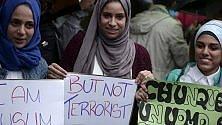 """""""Io, musulmana e italiana dico ai terroristi: non ci avrete mai"""""""