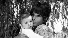 Hepburn privata in mostra è 'Audrey mia madre'