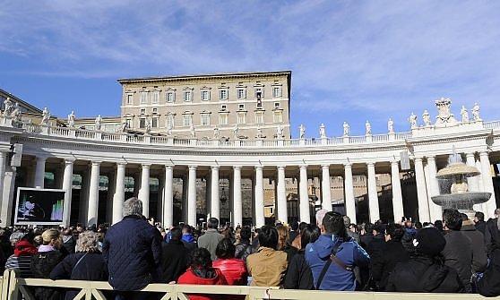 Da Bonifacio VIII a Giovanni Paolo II, come è cambiato il rito del perdono globale