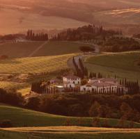 Toscana. Itinerario tra arti antiche e contemporanee